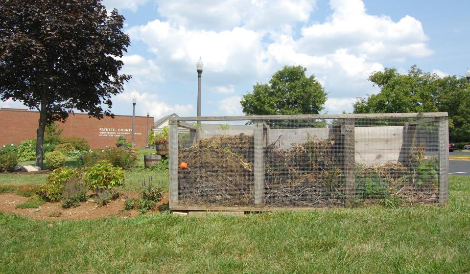 Composting Bin Demonstration
